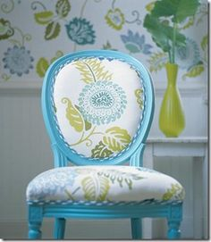 love this fabric & chair painted turquoise