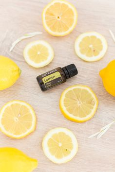 The cleansing, purifying, and invigorating properties of Lemon make it one of the most versatile oils, not to mention the top-selling essential oil that doTERRA offers. Doterra Lemon Oil, Lemon Essential Oils, Essential Oil Uses, Doterra Essential Oils, Oil Image, Smoothies, Cooking Oil, Easy Healthy Dinners, Cleanse