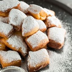 Have the wonderful experience of eating New Orleans Beignets right in your home with this easy Homemade Beignets recipe.