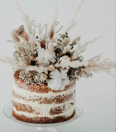 Flower Cake Decorations, Flower Cake Toppers, Dried Flower Arrangements, Dried Flowers, Country Wedding Cake Toppers, 21st Cake, 1st Birthday Cake Topper, Cake Decorating, Wedding Flowers