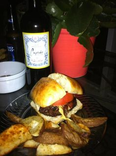 Delish burger on the lanai