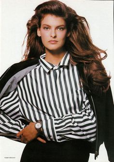 Linda Evangelista, Original Supermodels, 80s And 90s Fashion, Long Brown Hair, Casual Chic, Beautiful People, Beautiful Women, Fashion Models, Cool Hairstyles