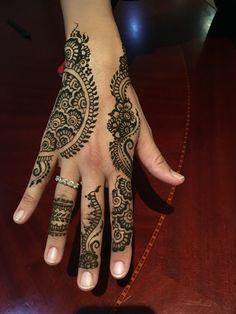 Favorite  Eid henna 2016     henna hennatattoo tattoo wrist hennaartist hennapro mehndi mehandi hennainspire inspiration  lookbook ideas tattooartist tattooist bodyart temporary tattoo heena 7ena artist