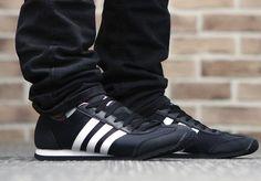 #아디다스 #jog #adidas #shoes #sneakers #adidasshoes #운동화 #가을신발추천 #할인 #특가 #세일 #플레이어 #player #데일리룩 #패션 #코디 #스타일 #오오티디 #데일리슈즈 #오늘뭐신지 #오늘의신발 #신발추천 #PLAYER