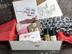 Craftadian Artisan Box is a quarterly subscription that delivers handmade Canadian products. See our November 2017 review + coupon!   Craftadian Artisan Box Subscription Box Review + Coupon - November 2017 →  https://hellosubscription.com/2017/11/craftadian-artisan-box-subscription-box-review-coupon-november-2017/ #CraftadianArtisanBox  #subscriptionbox
