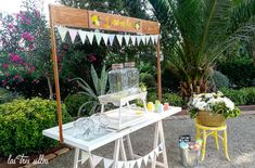 detalle_rincon_limondaPOST2__las_tres_sillas Table Decorations, Furniture, Home Decor, Wedding Decoration, Chairs, Decoration Home, Room Decor, Home Furnishings, Home Interior Design