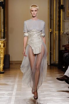 Oscar Carvallo Spring 2013 Couture. V