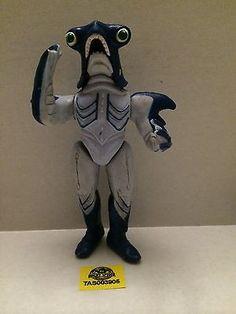 (TAS003905) - Morphin' Power Rangers Evil Space Alien Killer Bite Slippery Shark