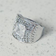 A weekend companion 📷 Square Antique ring Antique Rings, Beautiful Things, Rings For Men, Jewels, Antiques, Instagram Posts, Antiquities, Vintage Rings, Men Rings