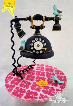 Edible Art, Vintage Phone with Birds Cake. Edible Art, Vintage Phone with Birds Cake. Anti Gravity Cake, Gravity Defying Cake, Unique Cakes, Creative Cakes, Fancy Cakes, Cute Cakes, Gorgeous Cakes, Amazing Cakes, Fondant Cakes