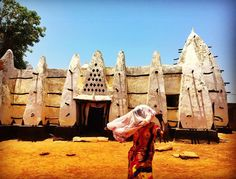 Shrouded in mythology, West Africa's oldest mosque, built in the Sudanese/Sahelian mud and stick architecture style  #westafrica #ghana #northernghana #larabangamosque #travel #legends #sufi #islam #mythology #westgonja