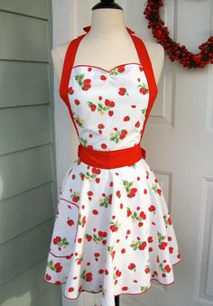 UpCycled Valentine's Apron  Vintage strawberry by DrapesofWrath, $35.00