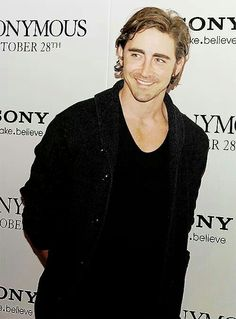 Lee Pace....I am sorry....but this is super attractive...