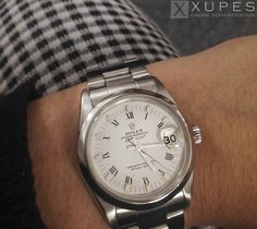 Women's wrist shot with our Rolex Oyster Perpetual Datejust | xupes.com