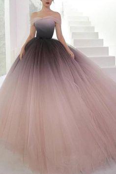 Charming Deep V Neck Ombre Tulle Halter Prom Dresses