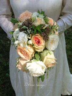 Trailing bouquet by Le Coeur Sauvage