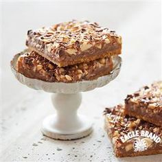 Give the gift of Chocolate and Peanut Butter with this Chocolate Peanut Butter Magic Bars recipe from Eagle Brand®!