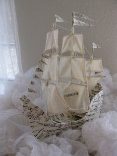 Sailing Ship with three masts Paper Mache handmade от VintageDiana Diy Paper, Paper Art, Paper Crafts, Diy Crafts, Deco Pirate, Hansel Y Gretel, Ann Wood, Paper Mache Clay, Paper Ship