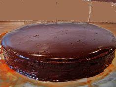 Een feestelijke taart voor verjaardagen, feestdagen of zo maar.