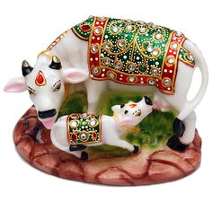 Beautiful Handcraft Cow With Kid