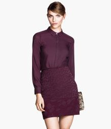 Pencil Skirt. corporate fashion. CORMONY.