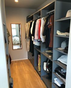Ikea Pax, Walk In Closet, House Rooms, House Design, Interior, Home Decor, Instagram, Closets, Basement