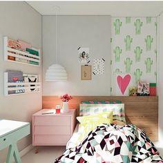 """""""Que quarto mais fofo  encantada. Por Manga Rosa Arquitetura. @decorcriative Bom dia! """""""
