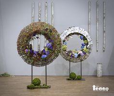 Floral Artwork, Art Floral, Harvest Decorations, Flower Decorations, Flower Show, Flower Art, Flora Design, Modern Floral Design, Flower Installation