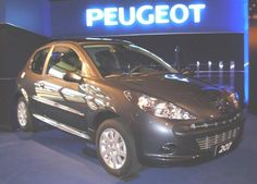 only-carz.com image.php?pic=.. data_images gallery 02 peugeot-207-compact-14-one-line-sedan peugeot-207-compact-14-one-line-sedan-09.jpg