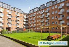 Englandsvej 38A, 3. tv., 2300 København S - 2 altaner, nyt køkken og badeværelse #ejerlejlighed #ejerbolig #kbh #københavn #amager #selvsalg #boligsalg #boligdk