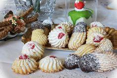 Biscottini da dessert al burro: delicatissimi biscotti al burro da gustare accompagnati da un buon tè o quando ne abbiamo voglia ;)
