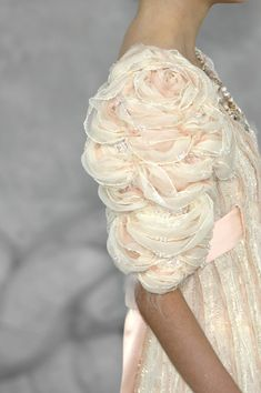 Details: Daniele Oberrauch at Chanel Haute Couture S/S 2008.