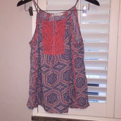 """Cutest """"dressy"""" tank Love the crocheted detail and cute tie on this blue/orange summer tank Tops Tank Tops"""