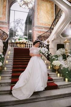 Want to organize your Wedding in France? Looking for a Wedding Planner in Paris? Wedding in France can offer you some great wedding packages in France to make it easy! Paris Wedding, Hotel Wedding, Luxury Wedding, Dream Wedding, Paris Destination, Destination Wedding Planner, French Wedding Style, Parisian, Blog