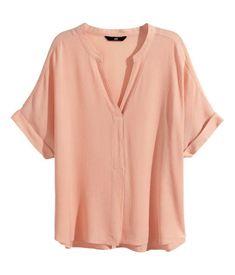 Crinkled blouse in Powder Pink | H&M ZA