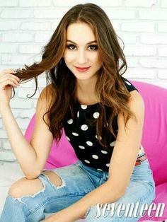 Find images and videos about pretty little liars, pll and troian bellisario on We Heart It - the app to get lost in what you love. Spencer Hastings, Spencer Pll, Troian Bellisario, Pretty Little Liars Actrices, Pretty People, Beautiful People, Divas, Tres Belle Photo, Pretty Litle Liars