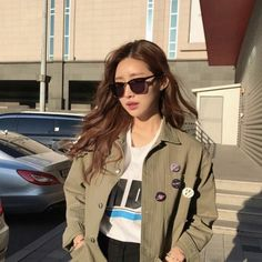 인스타 패셔니스타 차정원/차정원 패션/차정원 스타일/차정원 사복 : 네이버 블로그 Aesthetic Photo, Asian Style, Ulzzang Girl, Korean Fashion, Military Jacket, Fall Outfits, Ootd, Inspired, Lifestyle
