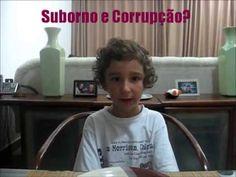 Menino de 5 anos fala de Lula ! Vídeo crime infantil, praticado por via da própria mãe.   GRAVÍSSIMO,  IMPERDÍVEL,  UM ALERTA!  MÃE PRATICA CRIME USANDO PRÓPRIO FILHO, CRIANÇA.  Um alerta às mães desavisadas, alienadas, despolitizadas,  sem opinião política formada.  A  atitude da mãe configura um crime.  Nas imagens, João Hélio é usado e explorado pela mãe para vocalizar uma intolerância política que é dela – e não dele. Afinal, com cinco anos de idade, uma criança ainda é considerada…