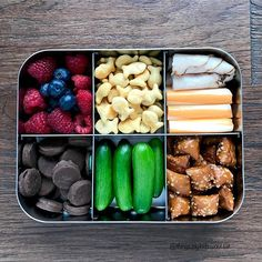 This spacious, stainless steel bento box features six sections, making it easy for you to pack a variety of snacks to go. Lunch Meal Prep, Healthy Meal Prep, Healthy Snacks, Healthy Recipes, Healthy Breakfasts, Protein Snacks, High Protein, Lunch Snacks, Clean Eating Snacks