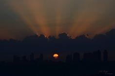 #fotoğraf #manzara #sihirlimercek #fotoğrafçı #günbatımı #gün #güneş #foto #kuleler #şehir #istanbul