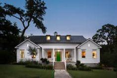 Casas que podem inspirar a construção a sua! https://www.homify.pt/livros_de_ideias/2597098/20-belas-moradias-unifamiliares-para-todos-os-gostos