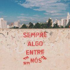#autoajudadodia por @Antônio Adriano Brito! O Antony encontrou uma obra do @Ritin Nambiar no meio da rua. Bonito demais, né? Bom fim de semana a todos!