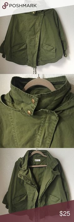 Niu Si Ta Loose Fitting Utility Jacket No size, but fits a medium great. Loose and oversized utility jacket. Olive green color. One hole on one of the buckles on the shoulder( see photo) Roughly it's about 29 in armpit to armpit and about 24 in long. 3/4 length sleeves. Niu Si Ta Jackets & Coats Utility Jackets