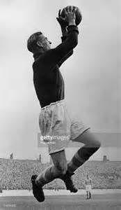 ... Bert Trautmann (1923 - 2013), of Manchester City FC, in action, 1955