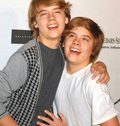 Image uploaded by Sakura . Find images and videos about crazy, cole sprouse and dylan sprouse on We Heart It - the app to get lost in what you love. Cody Sprouse, Sprouse Bros, Boy Celebrities, Celebs, Zack Et Cody, Suit Life On Deck, Old Disney Shows, Life Of Kylie, Cole Sprouse Jughead
