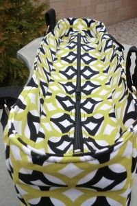 Recessed zipper on a bag. Love their tutorials, must keep on visiting this site many times!!!