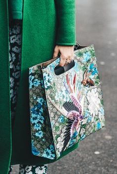 c758f2e68831 Лучших изображений доски «Сумки»: 253 в 2019 г. | Fashion handbags ...