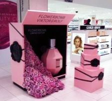 Elemental Design updated the gold Viktor Rolf pop-up display in our London workshop for a site in Debenhams.