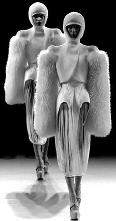 Chic Futuristic Fashion - structured fashion with rounded 3D silhouette & soft sculptural sleeves - texture, shape & volume // Thierry Mugler
