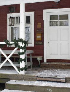 Metsänkylän Navetan kahvila Leivintuvalla
